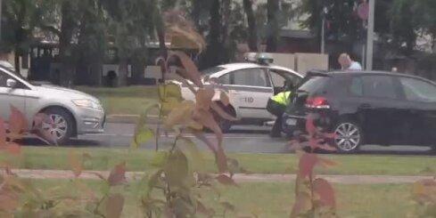 Ceļu policija tiek galā ar 'smagsvara' pārkāpēju