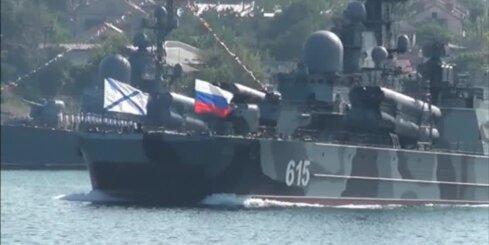 Novēro krievu armijas pārvietošanu no Krimas uz Austrumukrainas robežu