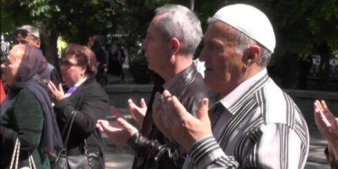 Krievijā 'ekstrēmistiskas darbības' dēļ aptur Krimas tatāru Medžlisu