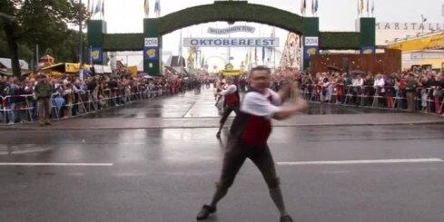Vācijā atklāj alus dzīres 'Oktoberfest'