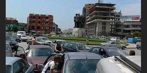 'Zebra' Albānijā: Haoss kā satiksmes princips