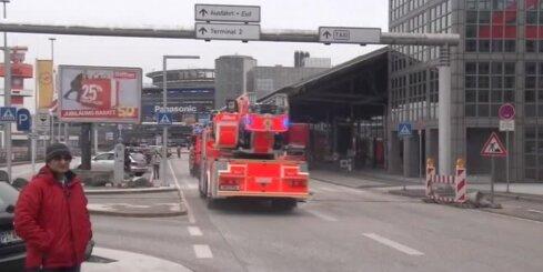 Dīvainas smakas dēļ evakuē Hamburgas lidostu; 50 cietušie
