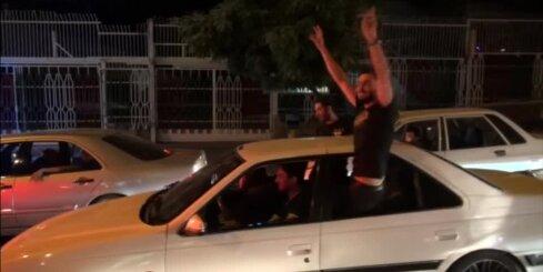 Tūkstošiem irāņu atzīmē sankciju atvieglošanu