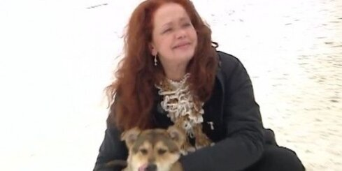 Regīna Devīte iztēlojas sevi 'suņa ādā'