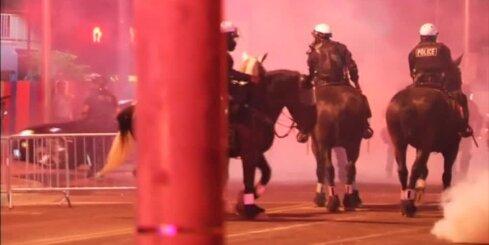 Protesti pret Trampu Ņūmeksikas štatā izvēršas vardarbībā
