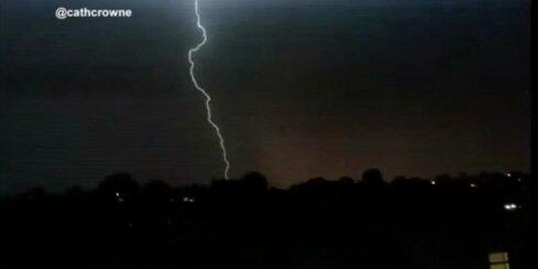 Iespaidīgs pērkona negaiss Jaundienvidvelsā