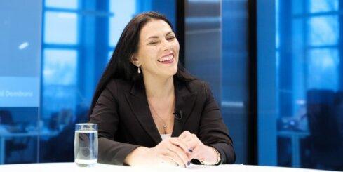 'Delfi TV ar Jāni Domburu' atbild Kontroles dienesta vadītāja Ilze Znotiņa