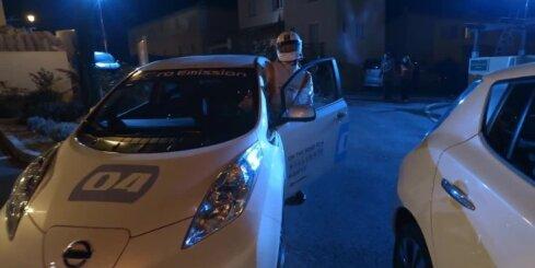 Ļoti klusais 'Nissan Leaf' elektromobilis