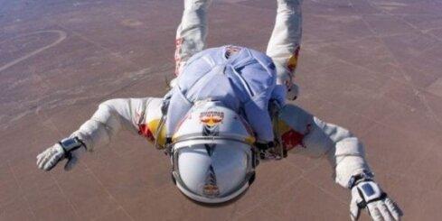 'Red Bull Stratos': četru rekordu ambīcijas