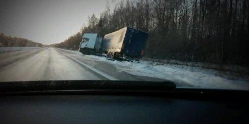 Kravas auto avārija Lietuvā