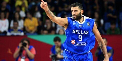 Video: Grieķijas basketbola izlases milzis Buruss izmēģina mākslas vingrošanu