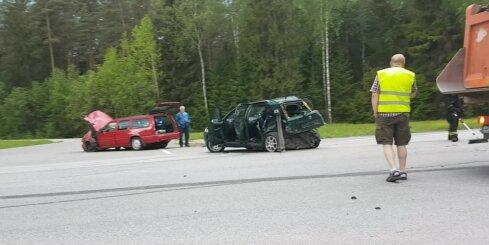 Smaga autoavārija uz Rīgas apvedceļa