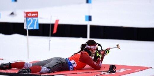 Латвийская биатлонистка впервые в сезоне пробилась в десятку лучших