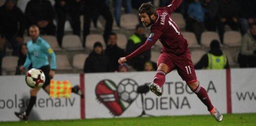 Latvijas izlases futbolists Karašausks karjeru turpinās 'Liepājas' komandā