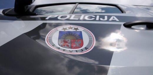 В субботу в авариях в Латвии погибли два человека и 17 пострадали