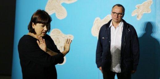 Foto: Mākslinieki Vija un Kaspars Zariņi izrāda savas jaunās izstādes