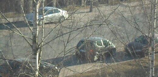 Video: Kā jums šķiet, kāds varētu būt ilgākās parkošanās rekords?