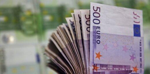 Itālijas premjers sola garantēt noguldījumus divās problēmās nonākušajās bankās