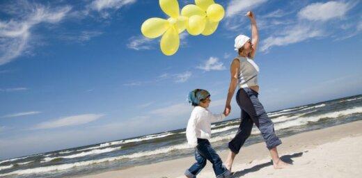 Dēlam stāstīšu par nāvi ar balonu palīdzību: pieredzes stāsts par mātes zaudējumu