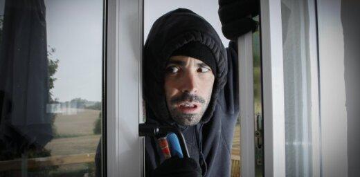 На Саркандаугаве задержана банда домушников