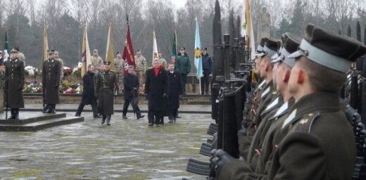 Kritušo karavīru piemiņas pasākums Brāļu kapos