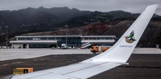 """""""Самый бесполезный аэропорт в мире"""" принял первый регулярный пассажирский рейс"""