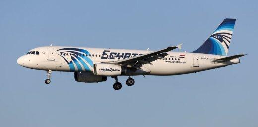 СМИ: самолет EgyptAir мог потерпеть крушение из-за гаджетов в кабине пилотов