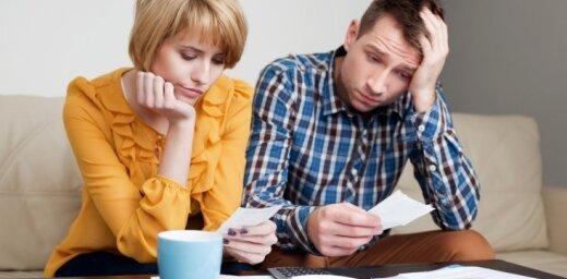 Swedbank: у многих латвийцев возникнут трудности с оплатой счетов в случае безработицы или болезни