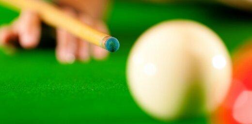 Velsiešu snūkera spēlētājs Dejs Rīgā pirmo reizi karjerā triumfē pasaules ranga turnīrā