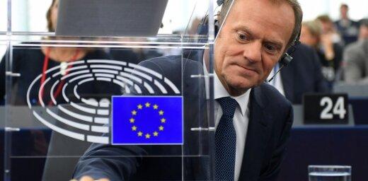 Туск ответил Трампу намеком: ЕС и США— лучшие друзья