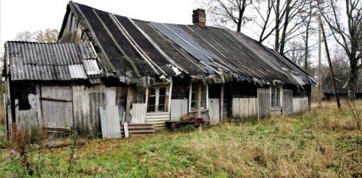 Postaža un pamestība: lasītāju apbēdina ģenerāļa Baloža māju stāvoklis