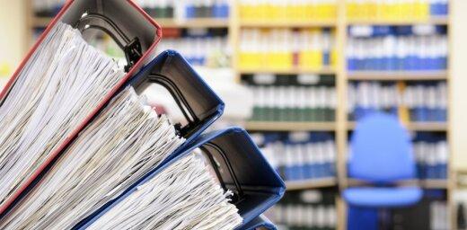 Kredītiestādēm reizi gadā būs jāsniedz VID informācija par klientiem