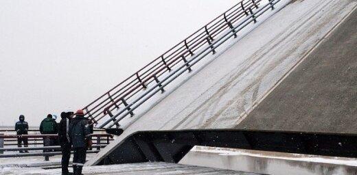 Ventas tilta paceļamās daļas testi