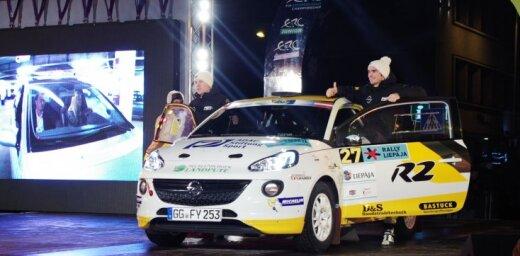 Aculiecinieka foto: 'Rally Liepāja' atklāšanas ceremonija