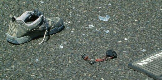 Автомобиль сбил школьника, переходившего дорогу в неположенном месте