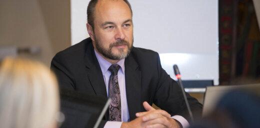 Vējoņa izbrāķētos Kredītiestāžu likuma grozījumus Saeima virzīs vēlreiz nemainītus