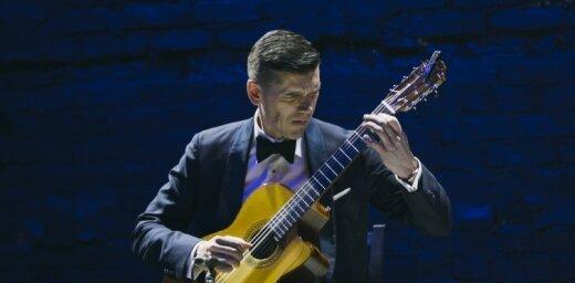 Ģitārists Kaspars Zemītis Valentīndienā koncertēs Lielajā ģildē