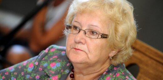 Aicinās Veselības finansējuma likumprojektu Saeimā skatīt trīs lasījumos, nevis steidzamības kārtā