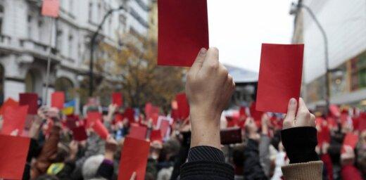Čehijas kreisie radikāļi plāno protestus pret Eiropas galēji labējo partiju sanāksmi Prāgā
