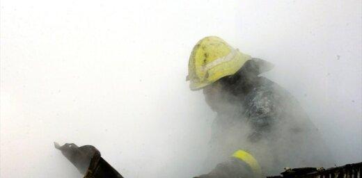 Aizvadītajā diennaktī dzēsti 14 ugunsgrēki