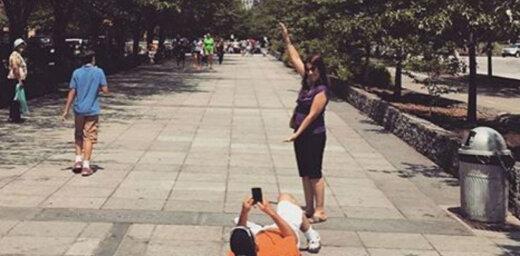 Kādām mokām tiek pakļauts vīrietis, kad sieviete vēlas perfektu foto
