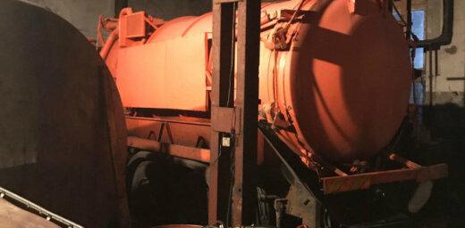 ФОТО: Под Ригой изъяли 39 тонн нелегального горючего; задержаны три человека
