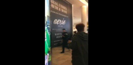 Video: ASV lielveikalā izcēlies masu kautiņš