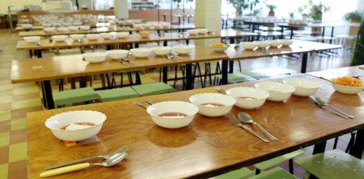 После вспышки сальмонеллеза ПВС оштрафовала Kindercatering на 700 евро