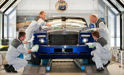 В бардачке уникального Rolls-Royce хранят бриллианты