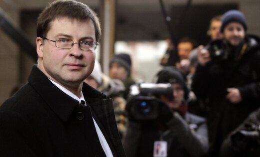 Dombrovskis: ES fiskālās disciplīnas līguma parakstīšana ir skaidrs signāls par krīzes pārvarēšanu