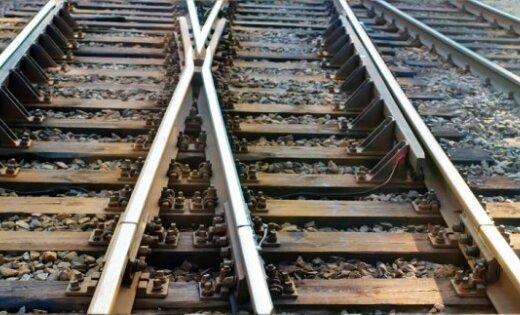 Rekonstruēs dzelzceļa sliežu ceļus Krievu salā un būvēs jaunu preču staciju Bolderājā