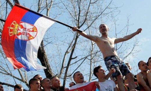 Европарламент: Россия пытается дестабилизировать обстановку в Сербии