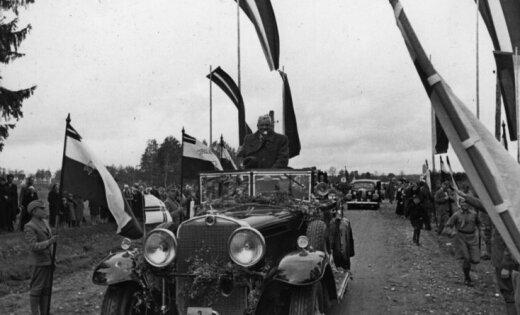 """Адскiй броневик, """"п"""" для пьяниц и 20 лет """"евростандартам"""": история латвийских автомобильных номеров"""