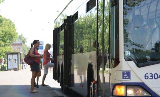 'Vai maršrutā Purvciems-Vecāķi 'Rīgas satiksme' ved lopus?', sašutis lasītājs